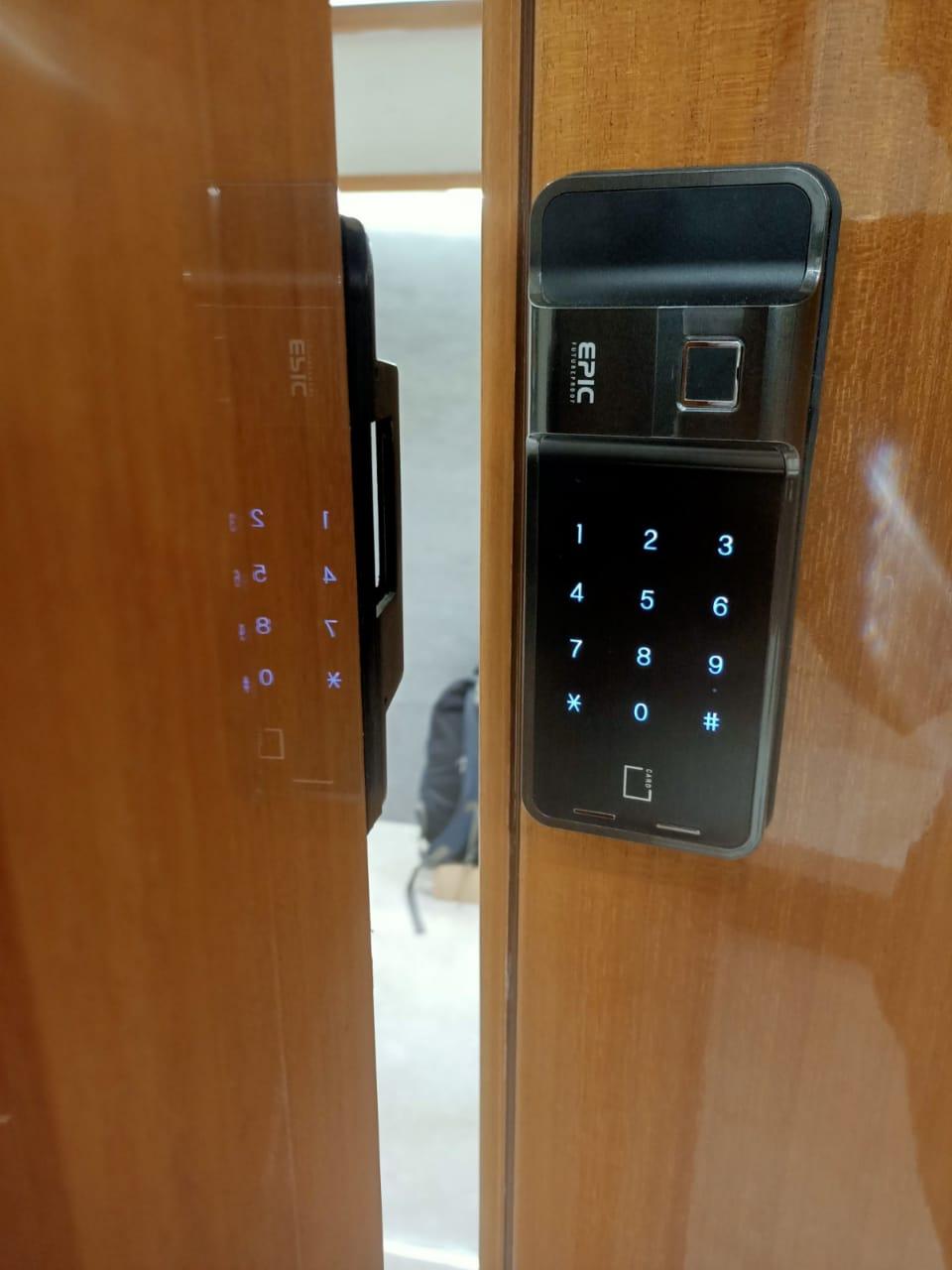 khóa vân tay Epic F500D - nhà chung cư
