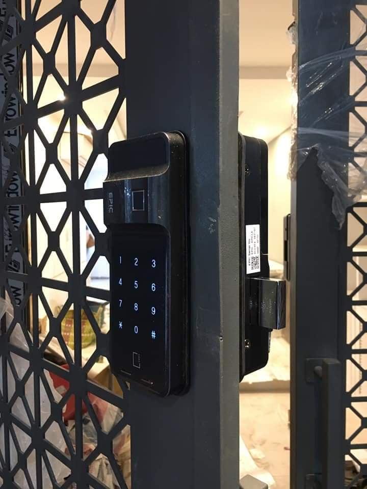 Epic FF730G - Vibra khóa hàn quốc - lắp đặt cửa sắt sài gòn