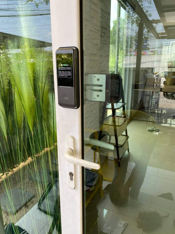 khóa điện tử epic triplex 3way cửa nhôm kính Việt pháp
