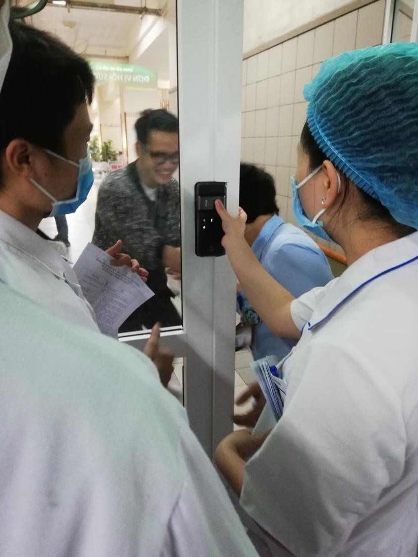 khóa vân tay 2 chiều epic FF730G - bệnh viện