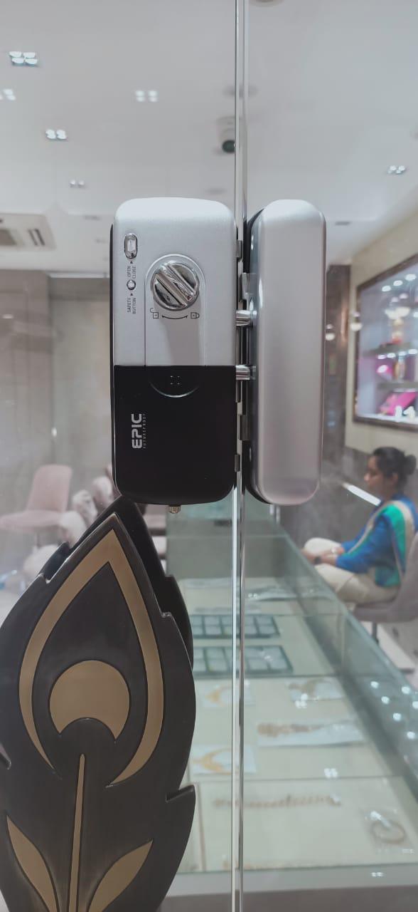 Khóa điện tử Epic 303G cửa hàng trang sức