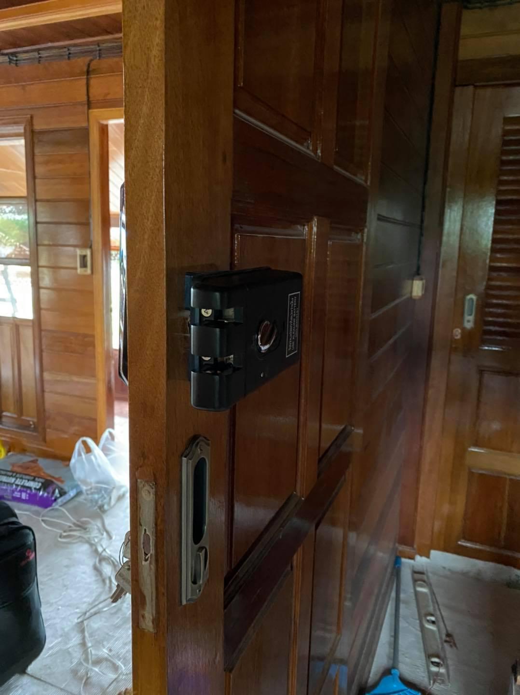 khóa vân tay epic popscan H - cửa gỗ trượt