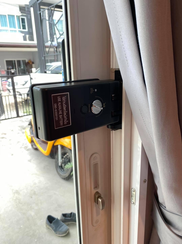 khóa vân tay epic popscan H - cửa nhôm kính trượt lùa 1 cánh